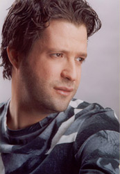 Zein El Omor, Lebanese Singer